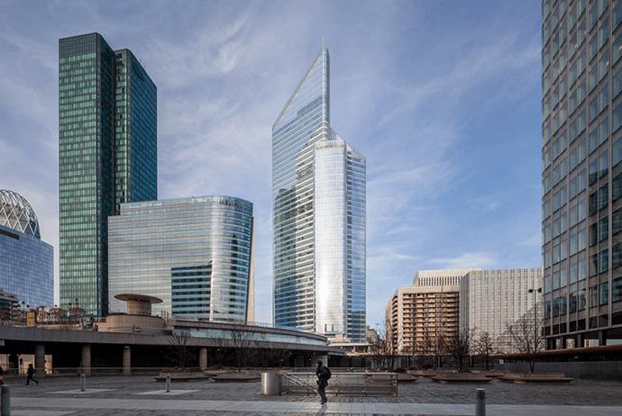 La tour First à La Défense. © DR