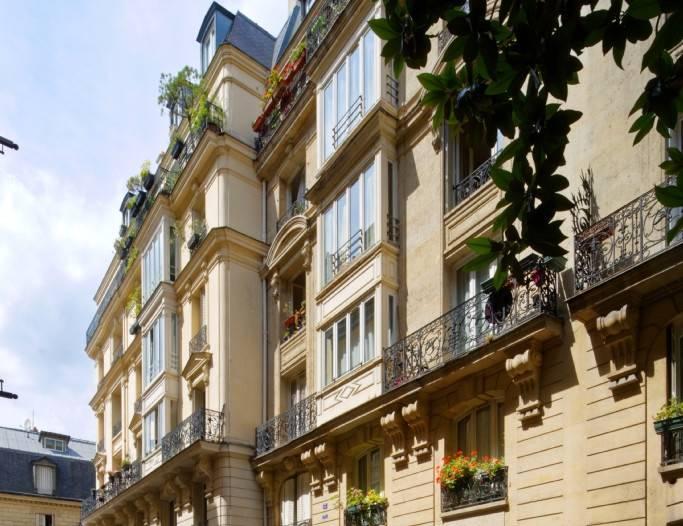 Un immeuble du portefeuille cédé, dans le 18e arrondissement de Paris. © Groupe CDC Habitat