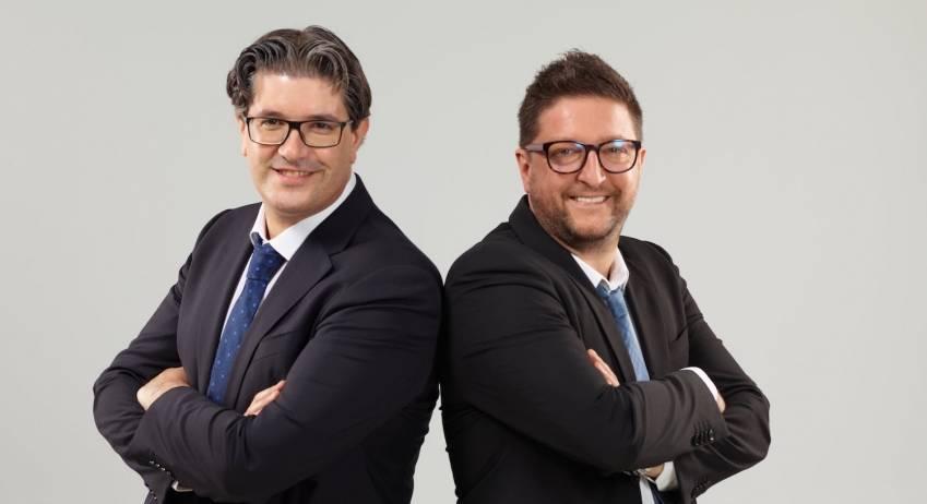 Les deux fondateurs des Agences de Papa, désormais coté en bourse.