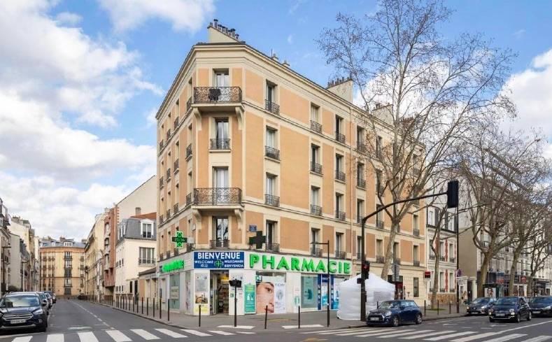 L'immeuble mixte acquis face au square Léon Blum, à Boulogne-Billancourt.