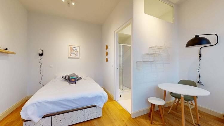 L'une des chambres du nouveau site Colonies à Marseille.