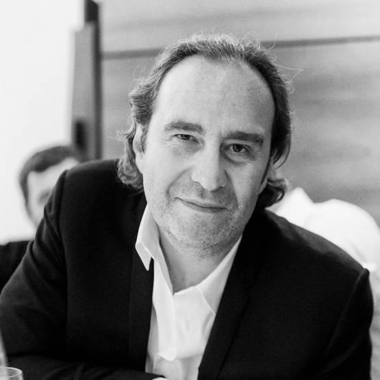 Xavier Niel - NJJ Holding. DR
