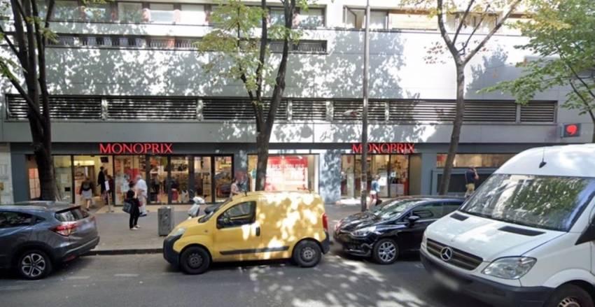 L'entrée du Monoprix, côté avenue Gambetta.