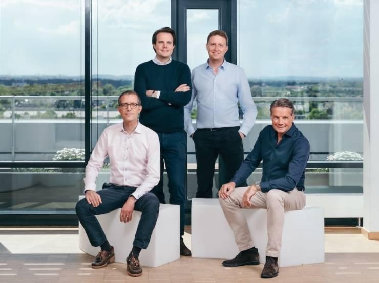 De g. à dr. : Emanuel Eibach CFO, Christian Deilmann co-fondateur & CPO, Johannes Schwarz co-fondateur et CTO, Toon Bouten CEO