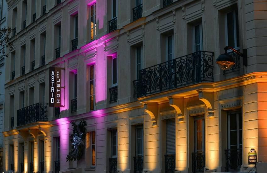 La façade de l'hôtel Astrid, au 27 Carnot à Paris. © Hôtel Astrid