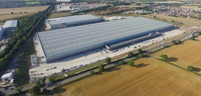 Le centre logistique d'Amazon à Bardon (UK).