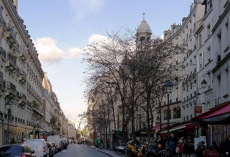 Le début de la rue des Archives, Paris.