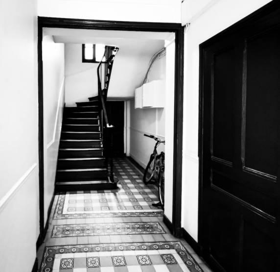 Vue intérieure de l'immeuble d'une quarantaine de logements acquis par Picture AM dans le 19e arrondissement de Paris.