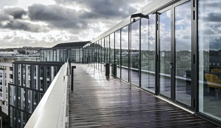 Les terrasses de l'immeuble Edo, à Issy-les-Moulineaux. © SCAU / Covivio