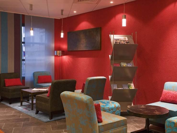 Novotel Suites Nancy Centre, dans le portefeuille du groupe SPHB. © Accor