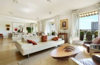 Daniel Féau est l'un des principaux réseaux spécialisés dans l'immobilier de luxe en France, accompagnant des transactions sur des logements de plus d'1 M€. DR
