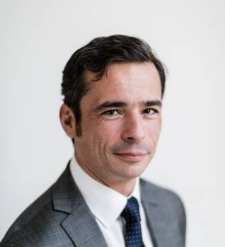 Maxime Simonnet - Dentons
